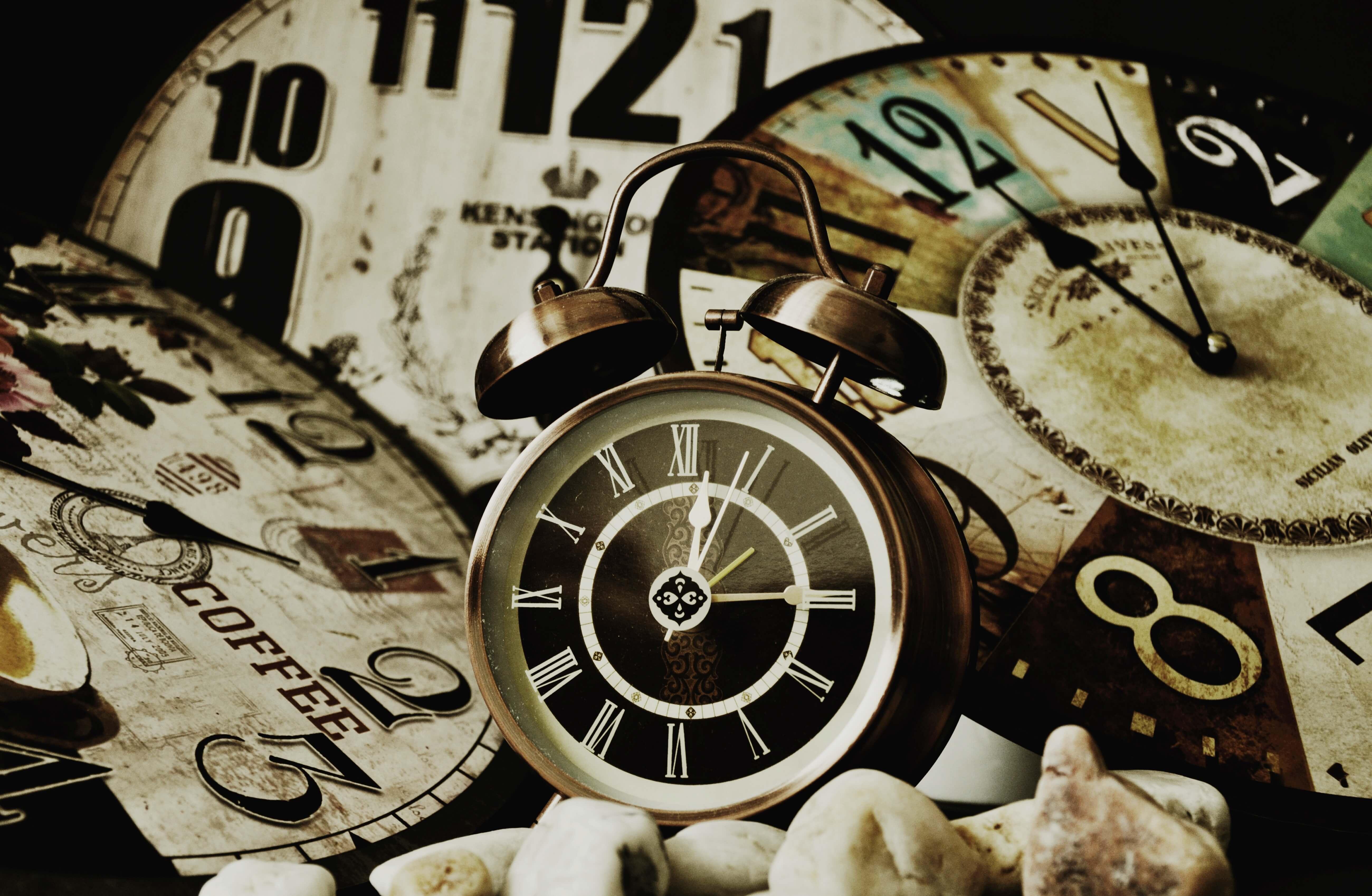 Арт. J97 - Время - Старые часы