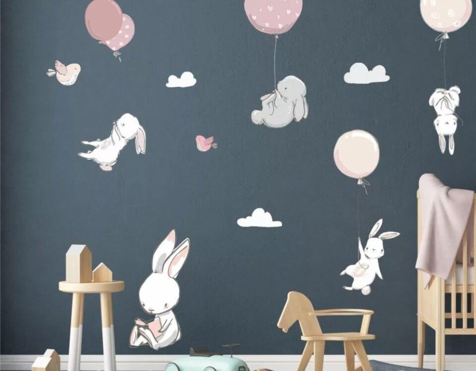 темный фон обои с зайчиками на шариках на стену