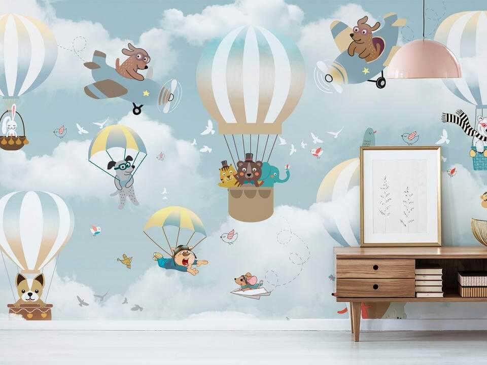 воздушные шары на фотообоях. обои для детской комнаты. идеи обои в детскую. собачки в воздушных шарах