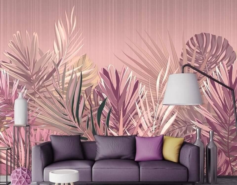 пальмовые ветви от пола на светлом фоне. тропические листья на розовом фоне крупные листья